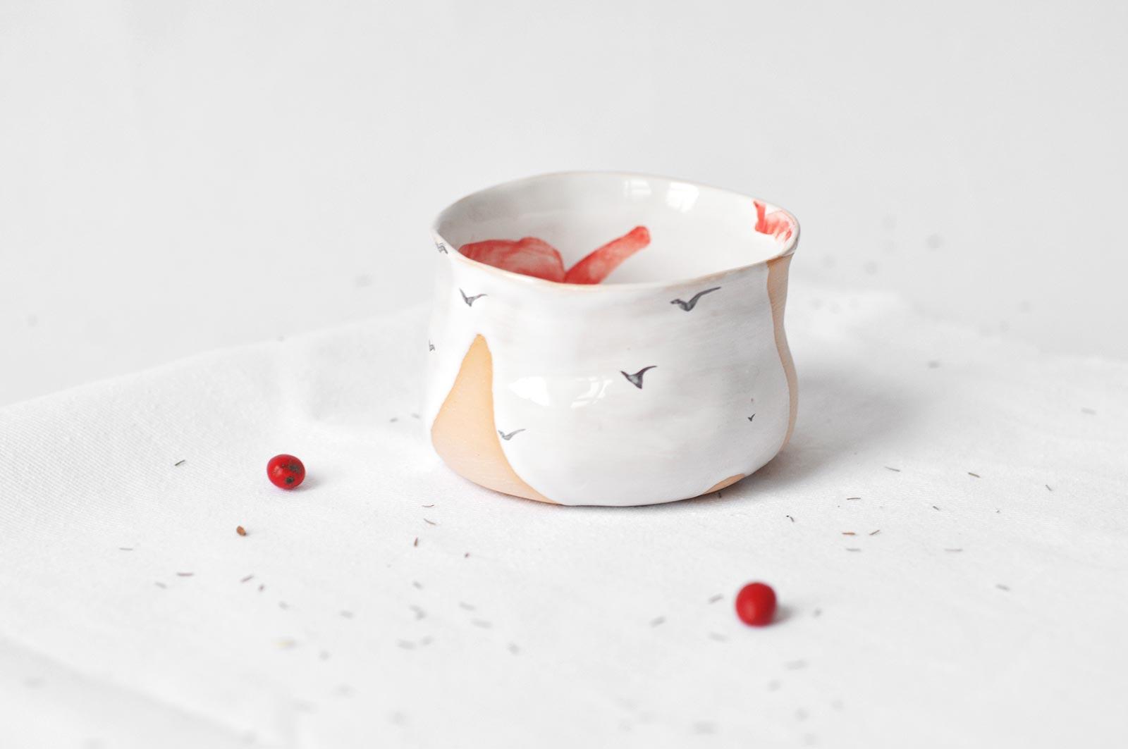 Side view - Small bowl (Handmade)