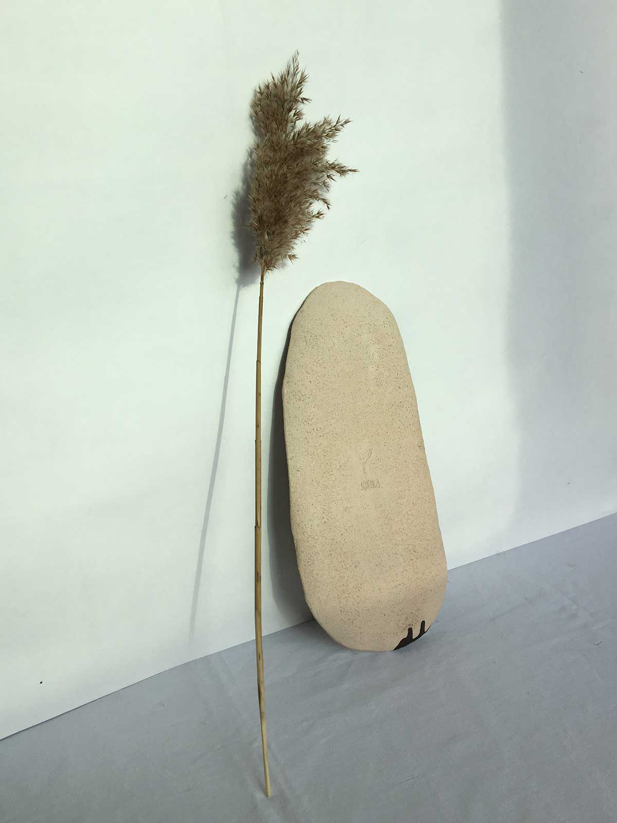 Rear view - Big oval plate (Handmade)