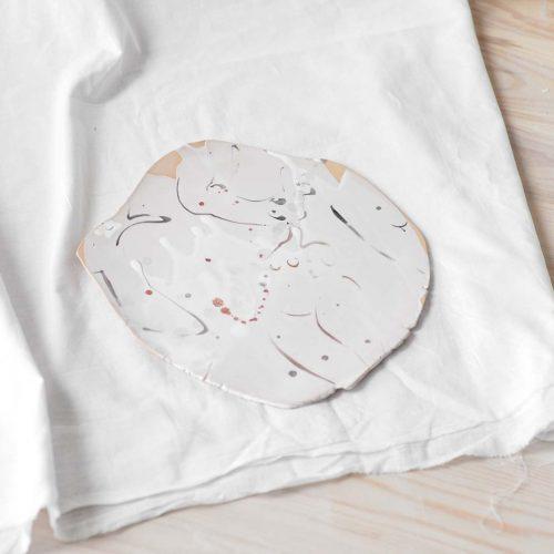 Flat decorative plate (Handmade)