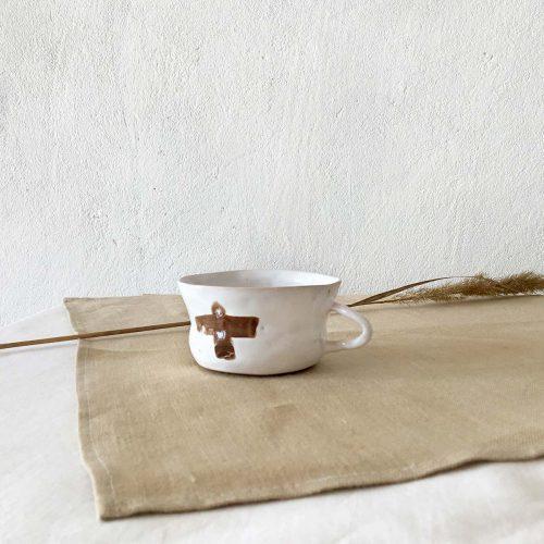 Вид збоку - Чайна чашка