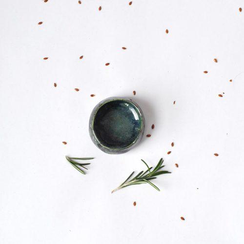 Вид спереду - Декоративний керамічний соусник (Ручна робота)