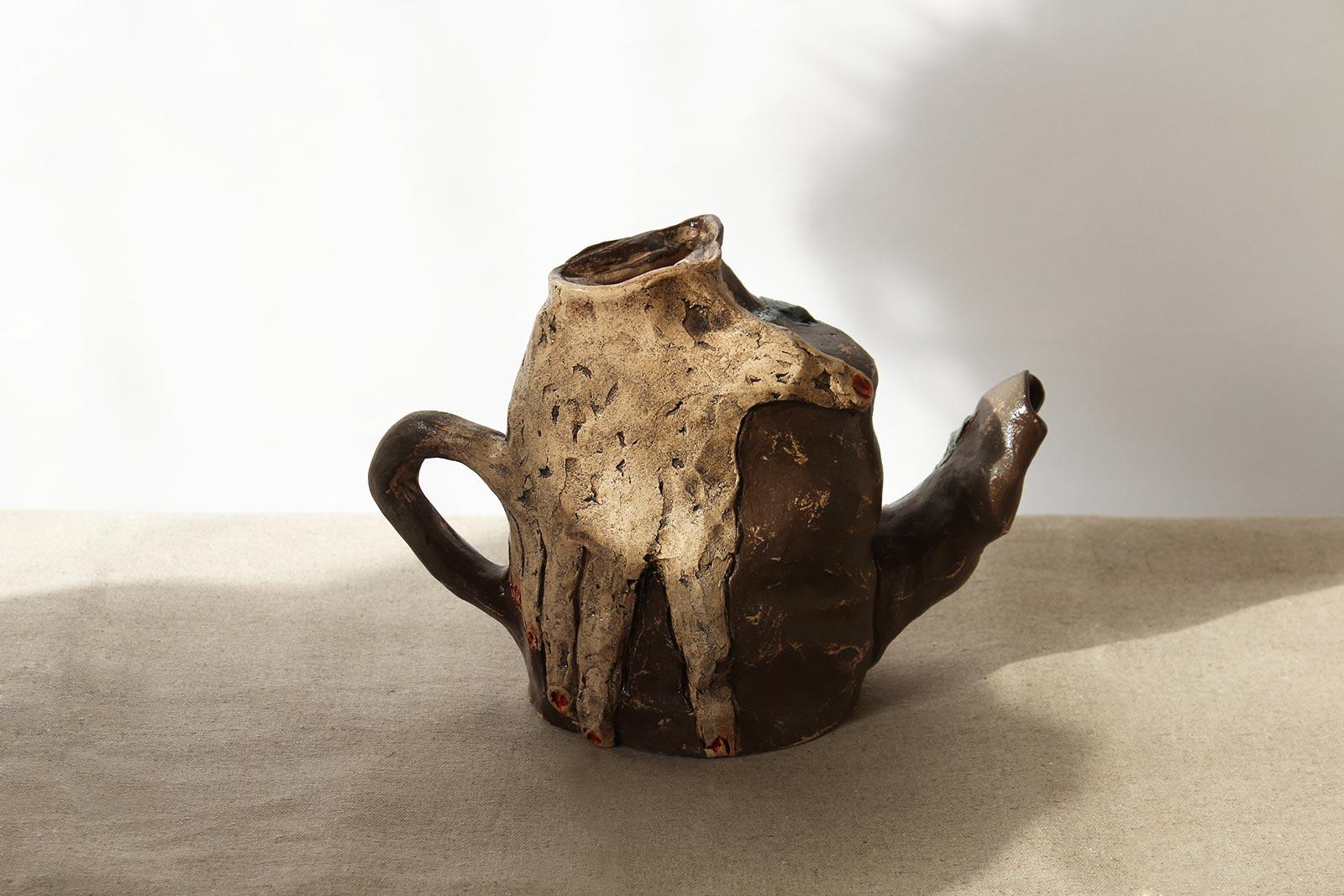 Вид спереду - Декоративний чайник (Ручна робота)