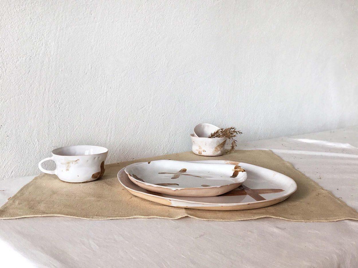 """Набор керамической посуды """"Крестики нолики"""""""