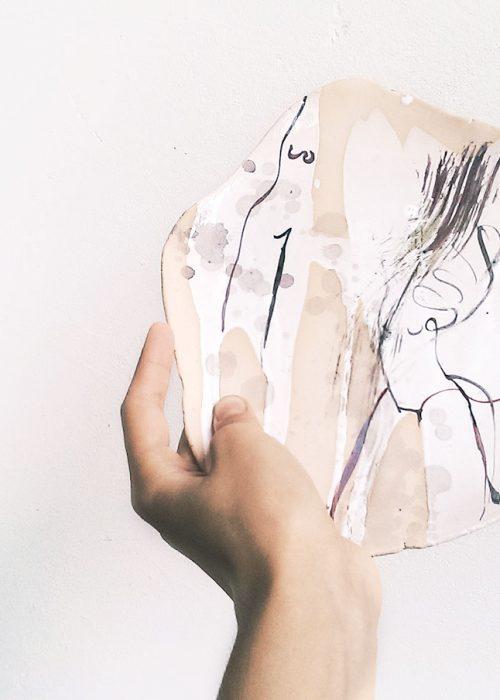 Декоративная тарелка из керамики - Серия «Танец» (Ручная работа)