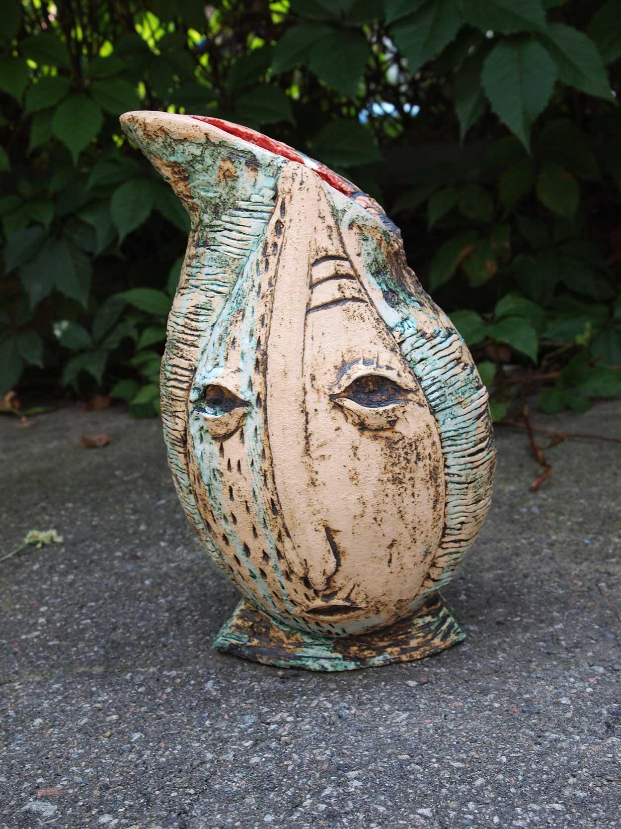 Вид спереди - Декоративная ваза из керамики (Ручная работа)