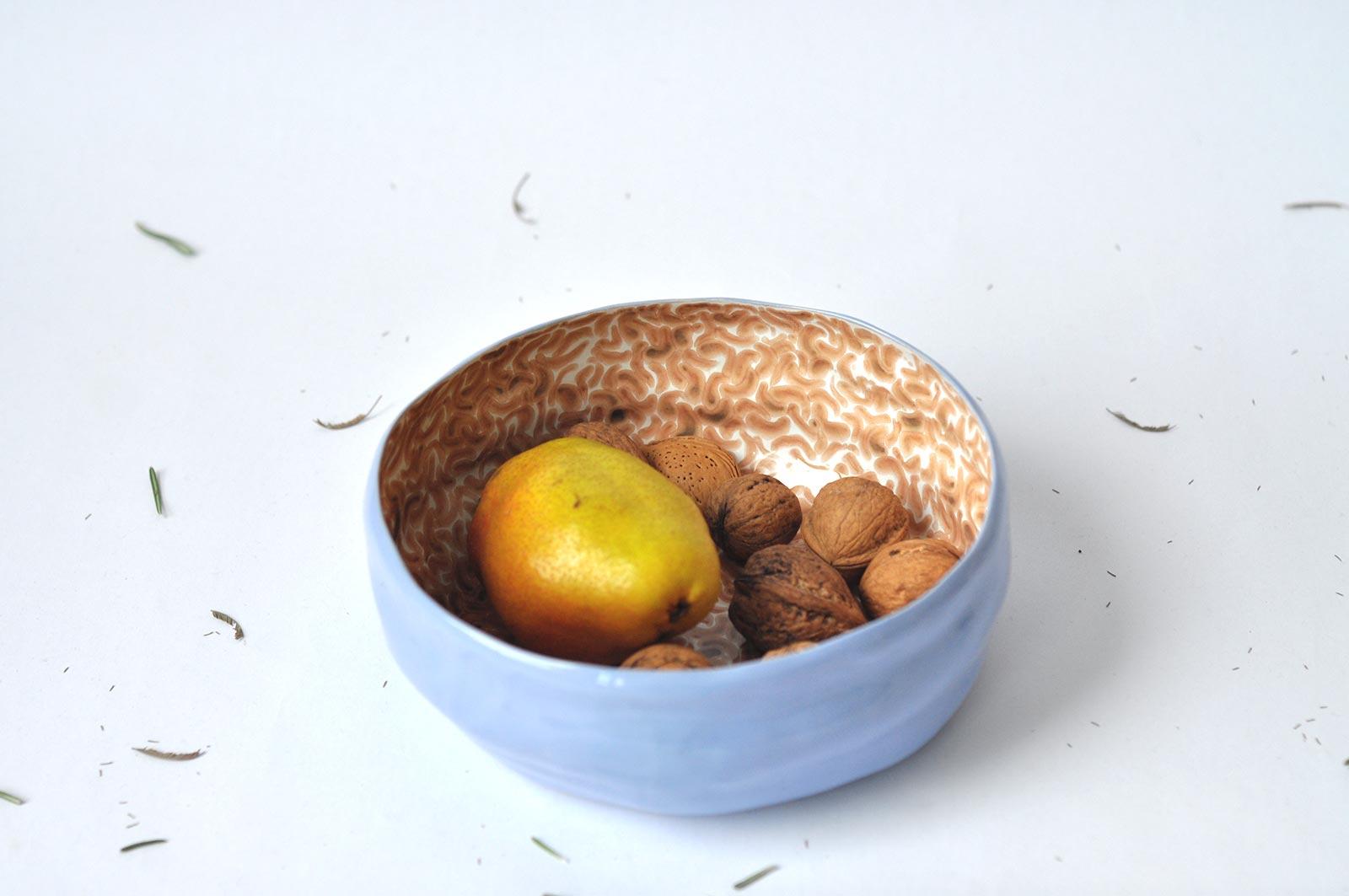 Вид спереди - Большая керамическая тарелка (Ручная работа)