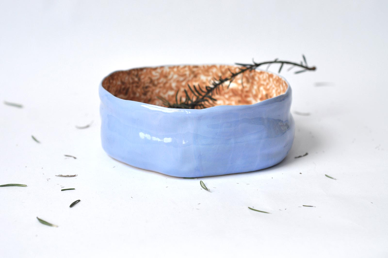 Большая глубокая керамическая тарелка (Ручная работа)