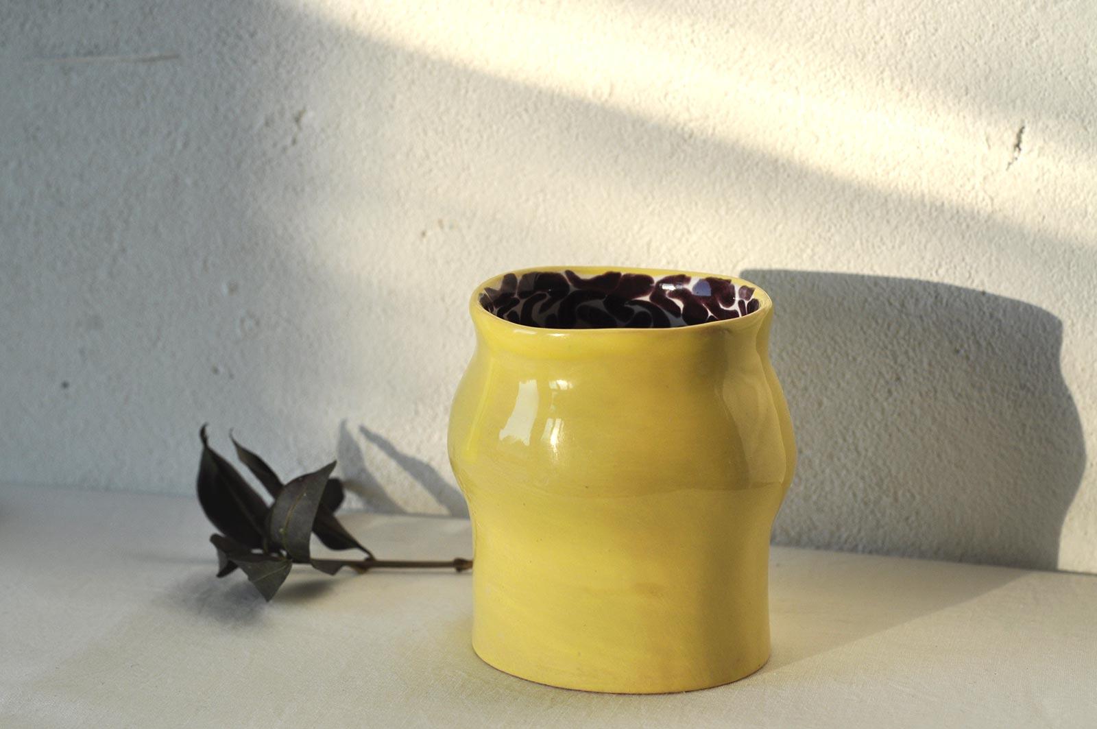 Вид сбоку - Декоративный стакан с блюдцем (Ручная работа)