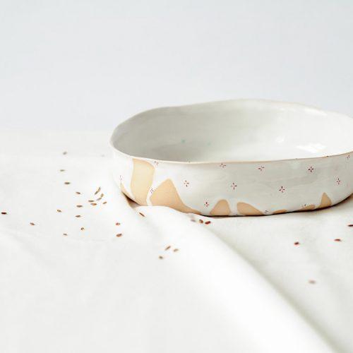 Вид сбоку - Глубокая керамическая тарелка (Ручная работа)