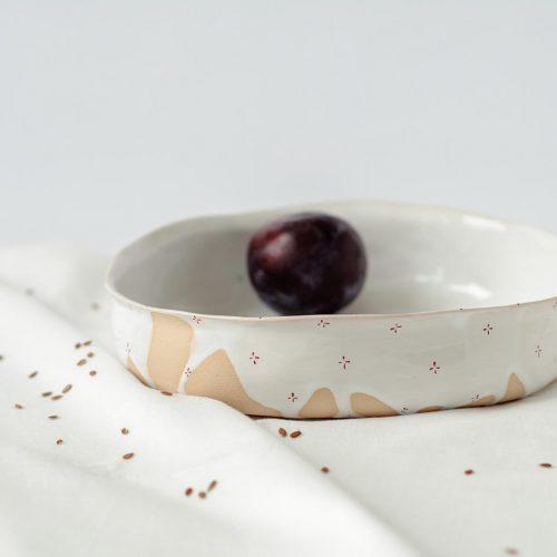 Глубокие тарелки из коллекции «Цветы с молоком»