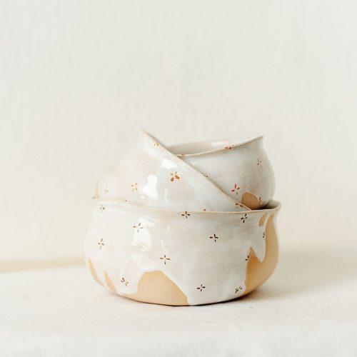 Пиалы из коллекции «Цветы с молоком»