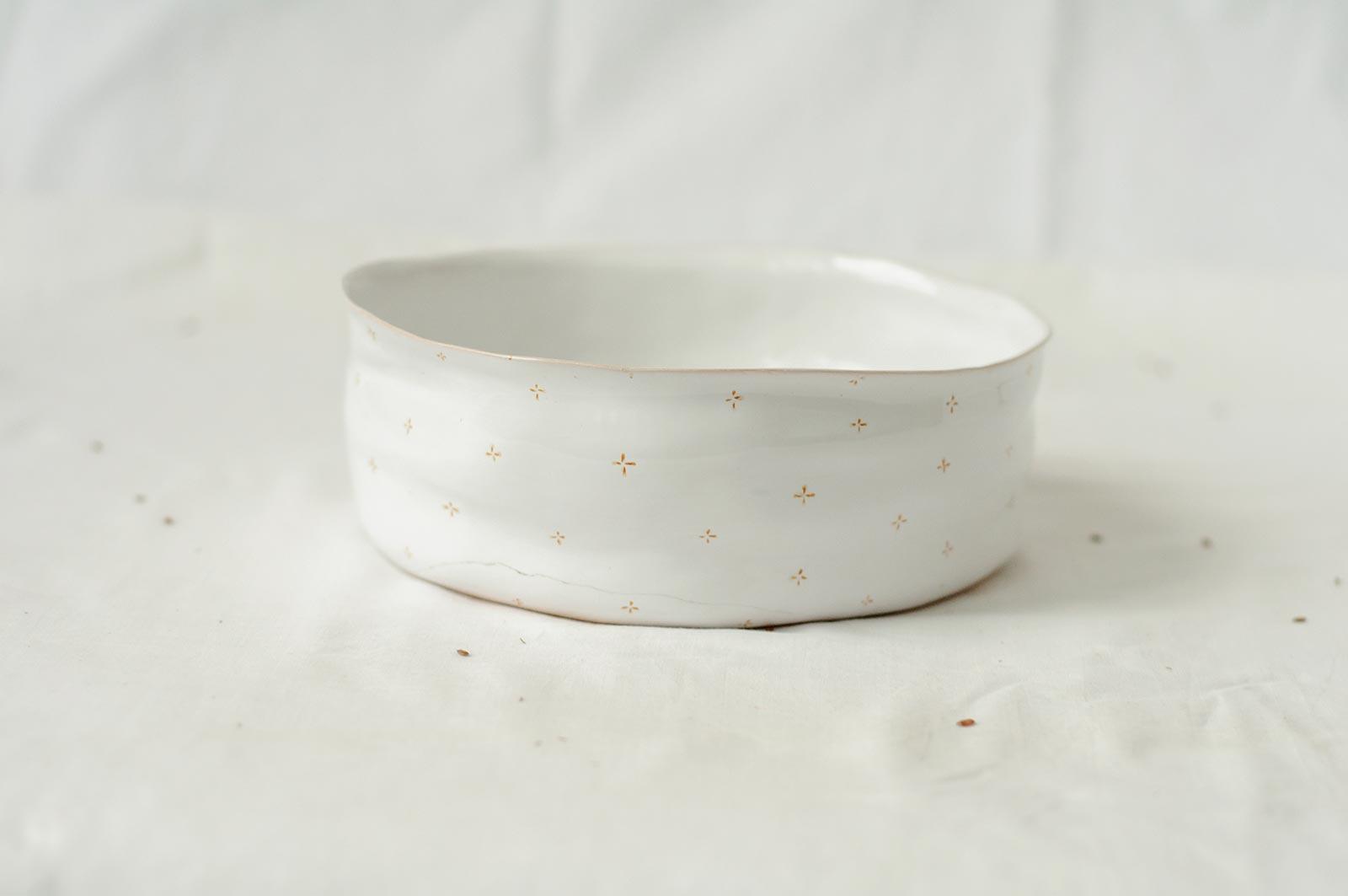 Вид сбоку - Большая глубокая тарелка из керамики (Ручная работа)