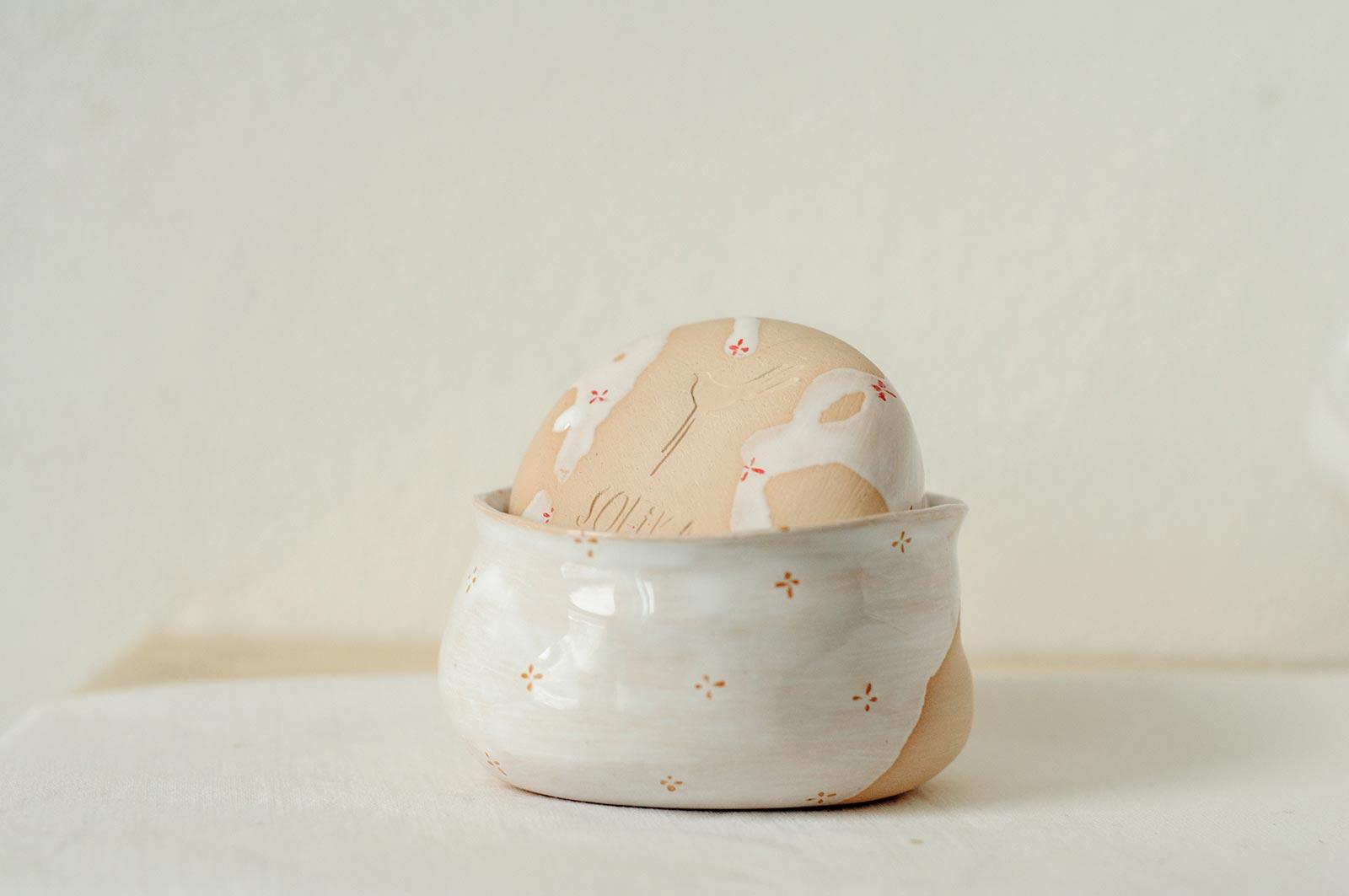 Вид сбоку - Пиала «Цветы с молоком» из керамики (Ручная работа)