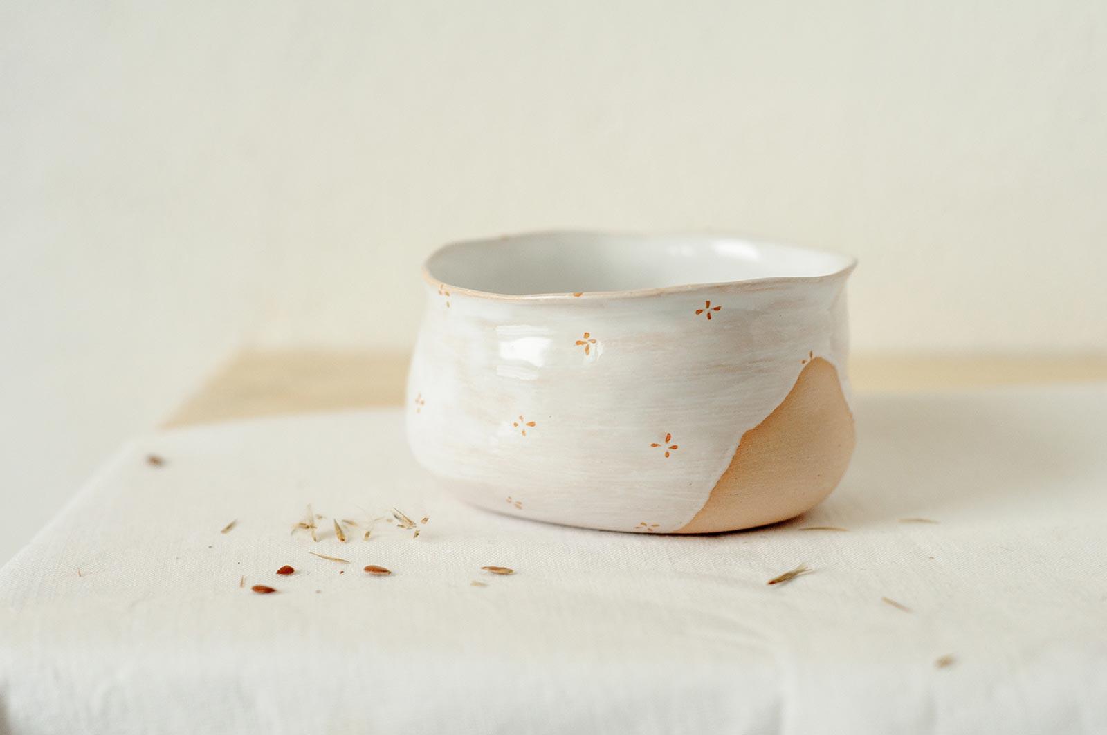 Декор - Пиала «Цветы с молоком» из керамики