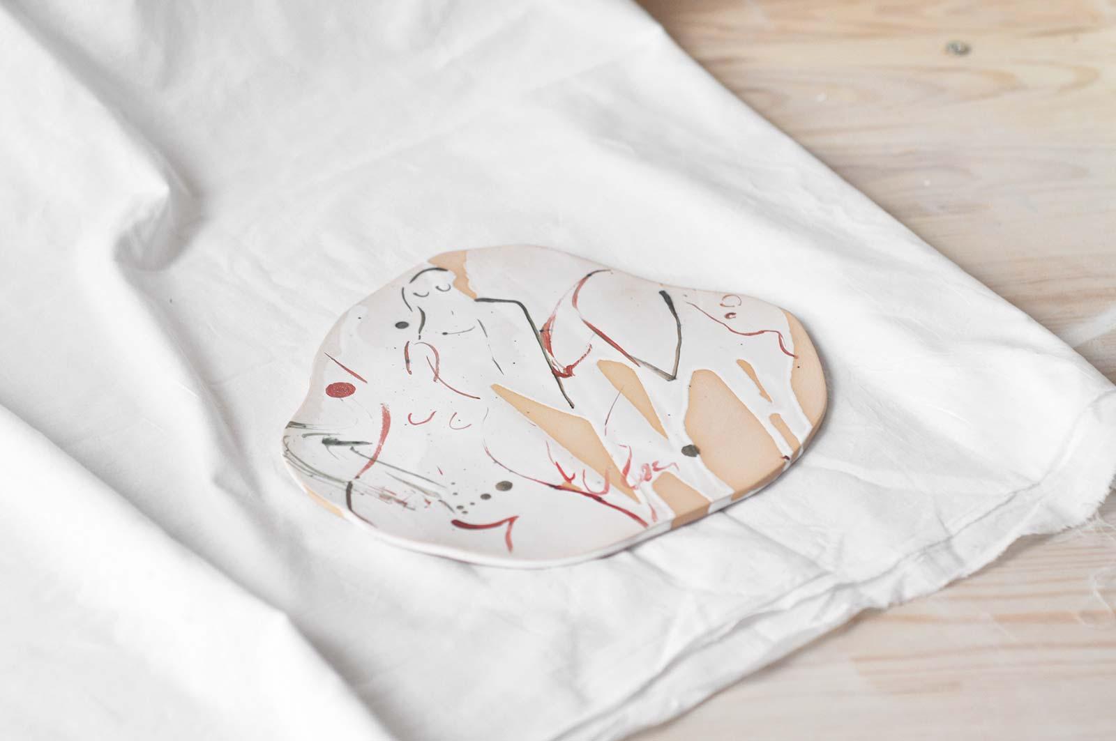 Декоративная керамическая тарелка (Ручная работа)
