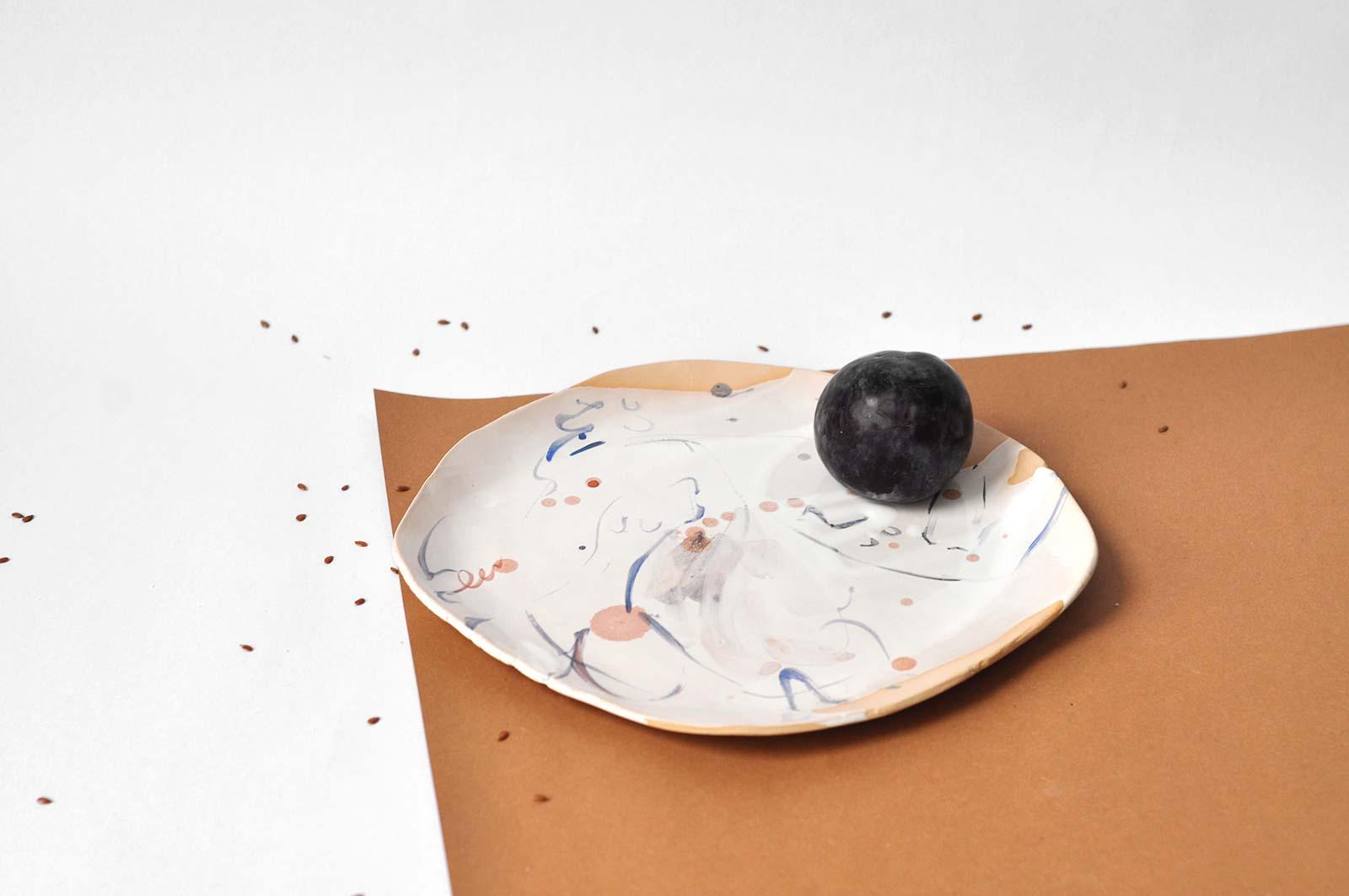 Вид сбоку - Декоративная тарелка (Ручная работа)