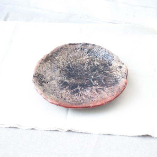 Вид сбоку - Большое декоративное блюдо из керамики (Ручная работа)