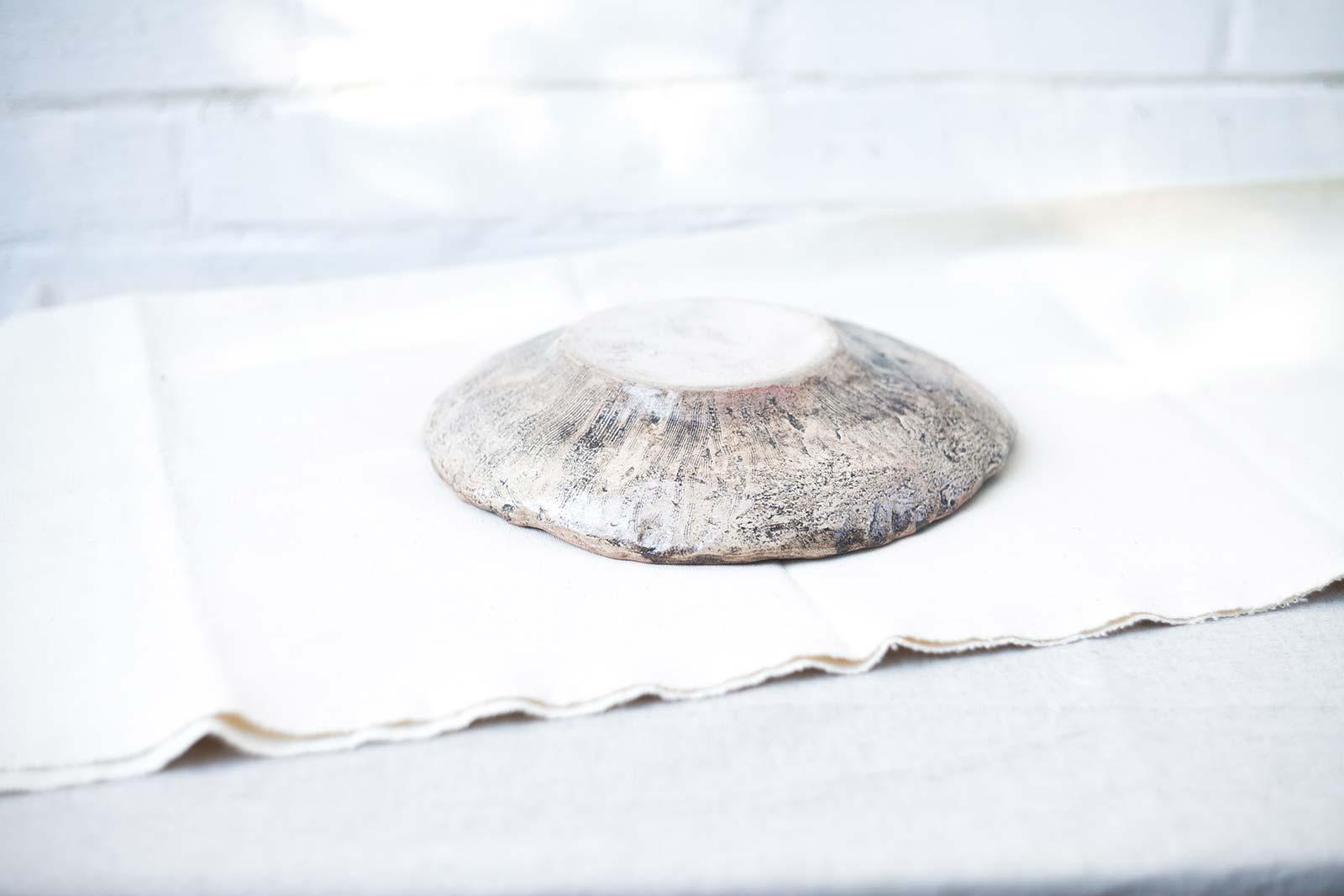 Вид сзади - Большое декоративное блюдо из керамики (Ручная работа)