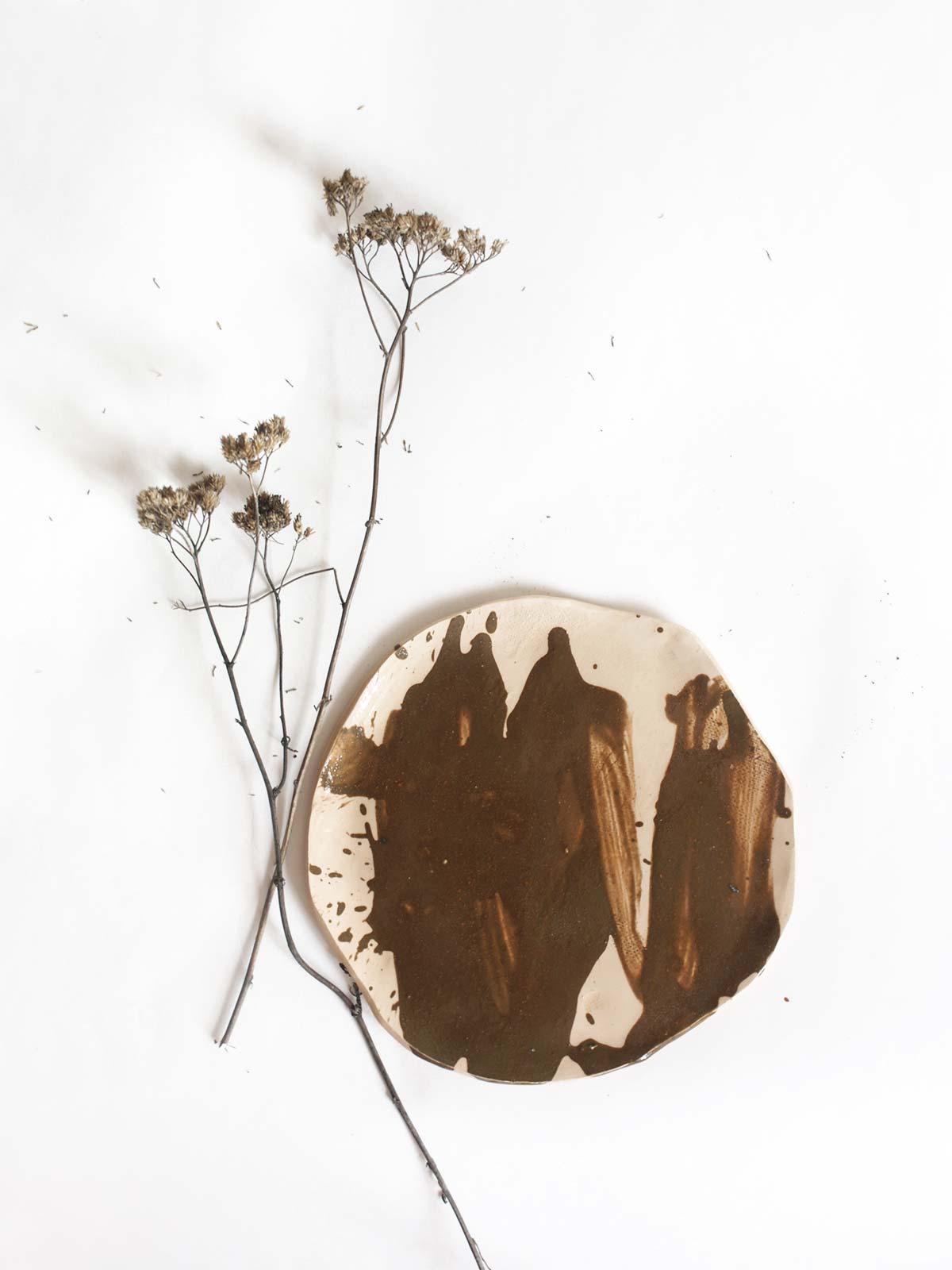 Плоская керамическая тарелка (Ручная работа)