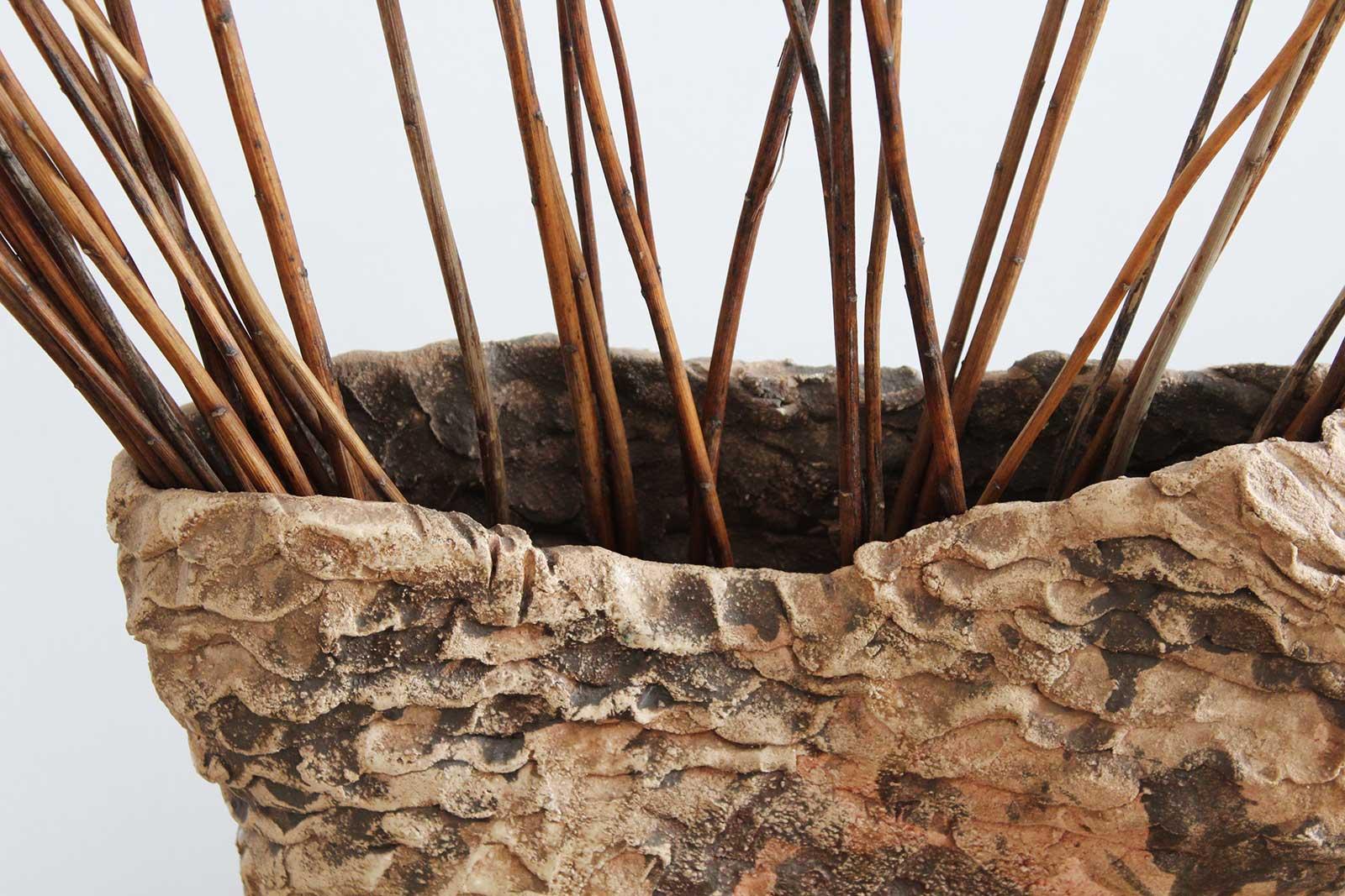 Вид спереди - Большая декоративная ваза из керамики (Ручная работа)