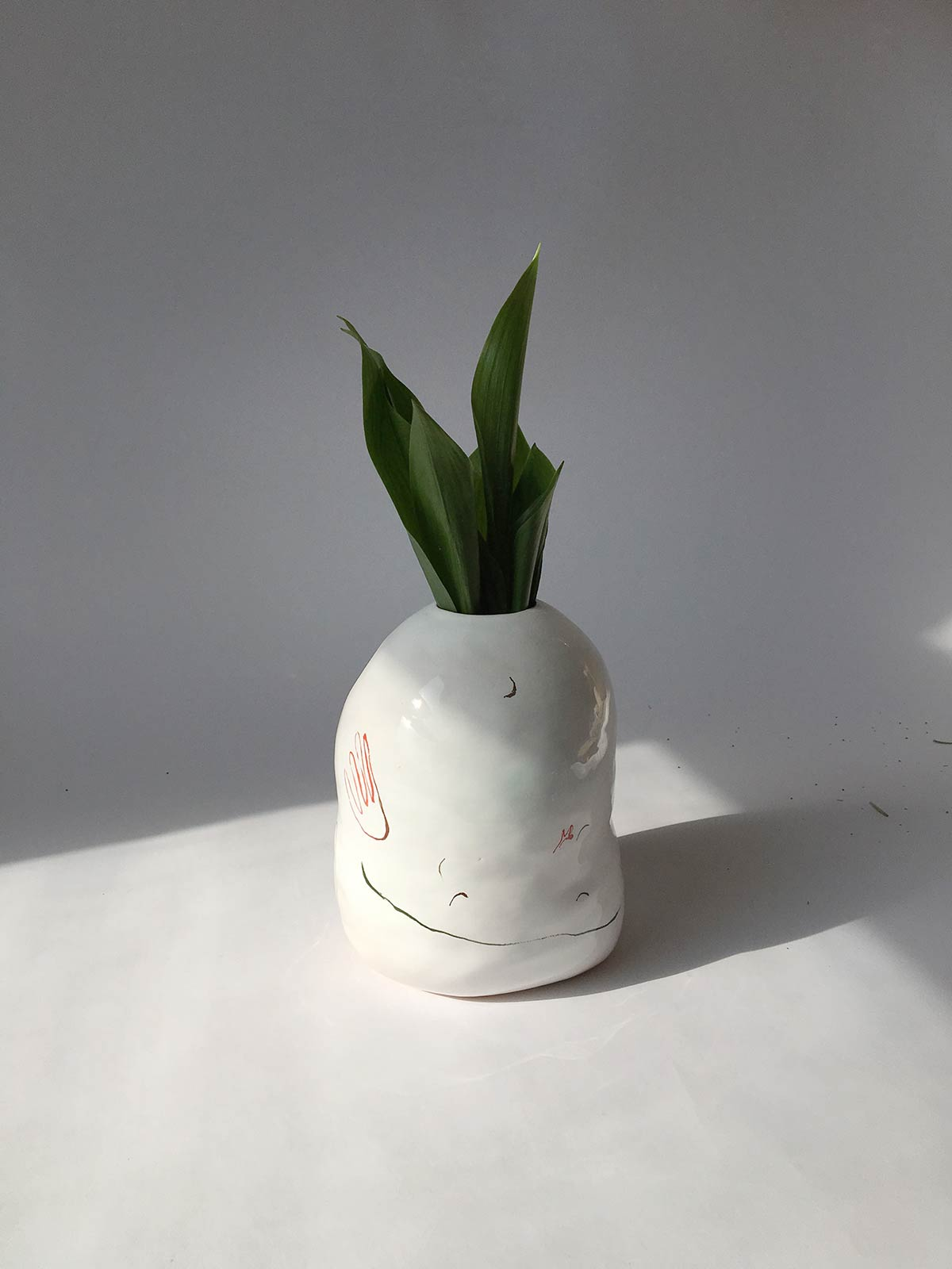 Декоративная ваза для цветов (Ручная работа)