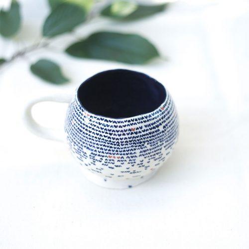 Вид спереди - Большая декоративная чайная чашка (Ручная работа)
