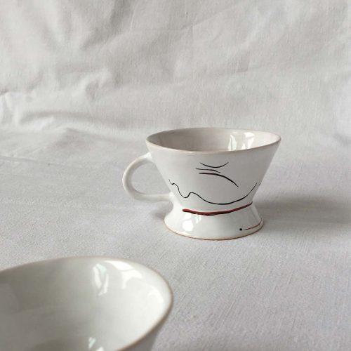 Вид сбоку - Набор из трех кофейных чашек