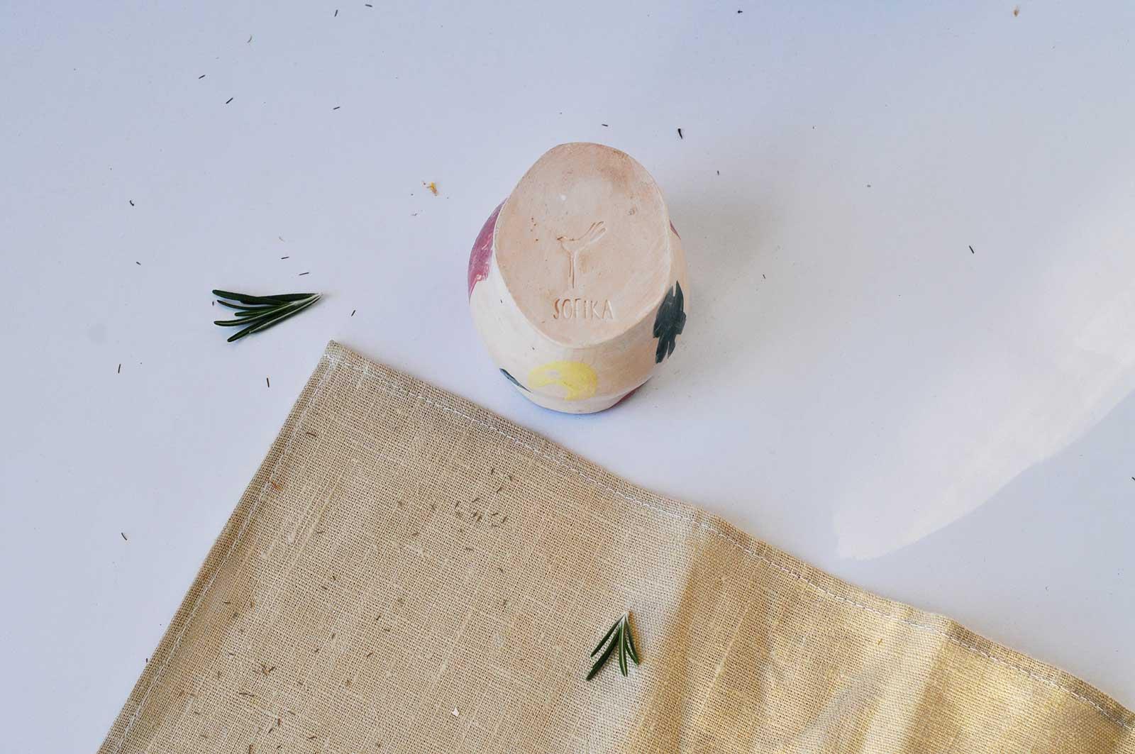 Вид сзади - Декоративный стакан «Непринужденность №2» (Ручная работа)